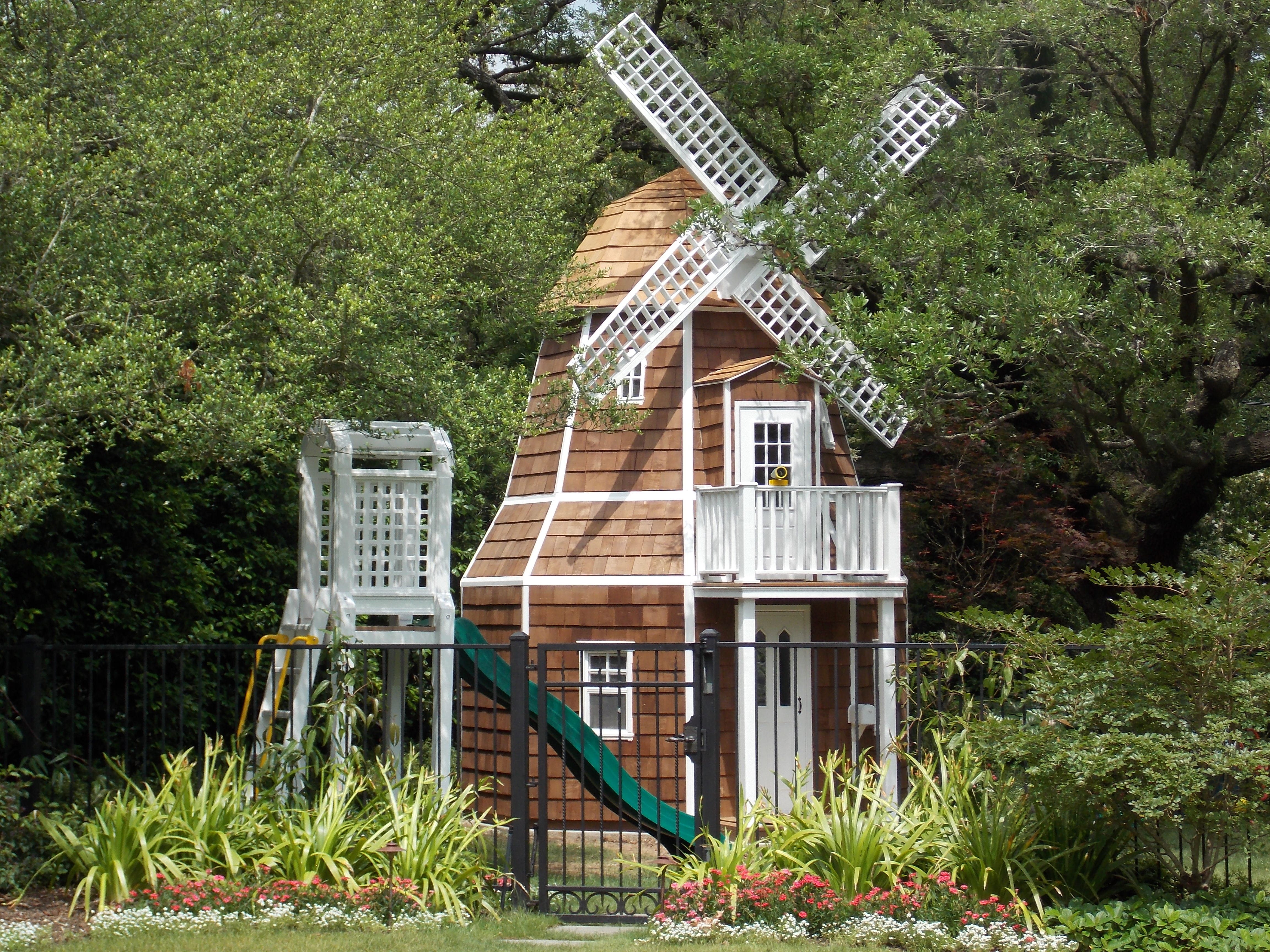 Gallery Lilliput Play Homes Custom Playhouses For Your Home